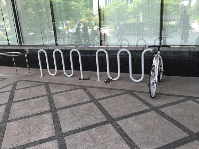 wavy bike rack